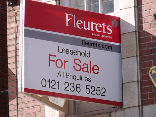 Leasehold for sale sign